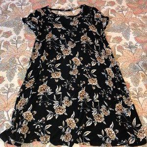 back cut out black floral short sleeve dress